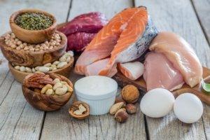 Proteine und Fette - Fisch Fleisch und Eier